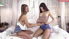 Stunning babe Talia Mint loves sharing toys with Anna Dominic