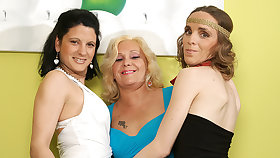 Three Age-old And Young Lesbians Have Distraction Superior to before The Divan - MatureNL