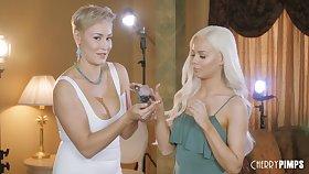 Behind the scenes porn video with loved pornstar Elsa Jean
