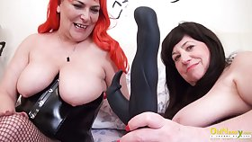 OldNannY Three British Mature Lesbians Draw up